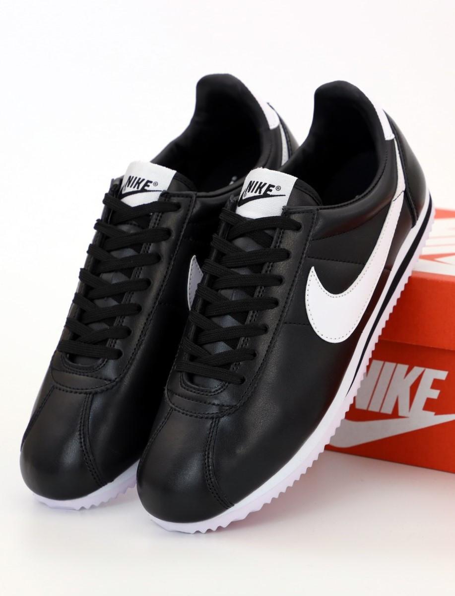 Женские кроссовки Nike Cortez Basic Leather Black/White (Найк Кортез)