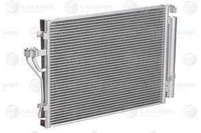Радиатор кондиционера с ресивером Kia Sportage III/Hyundai iX35 (10-) D (LRAC 0827) Luzar976062Y000 976062Y00
