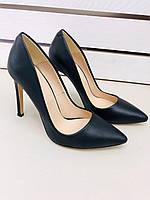 Женские черные кожаные туфли-лодочки на шпильке
