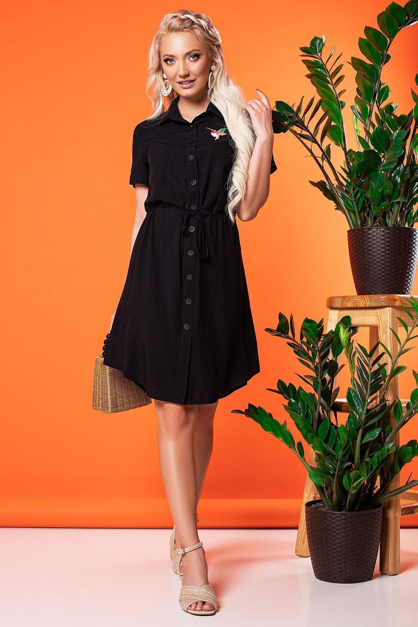 Черное платье-рубашка с вышивкой колибри