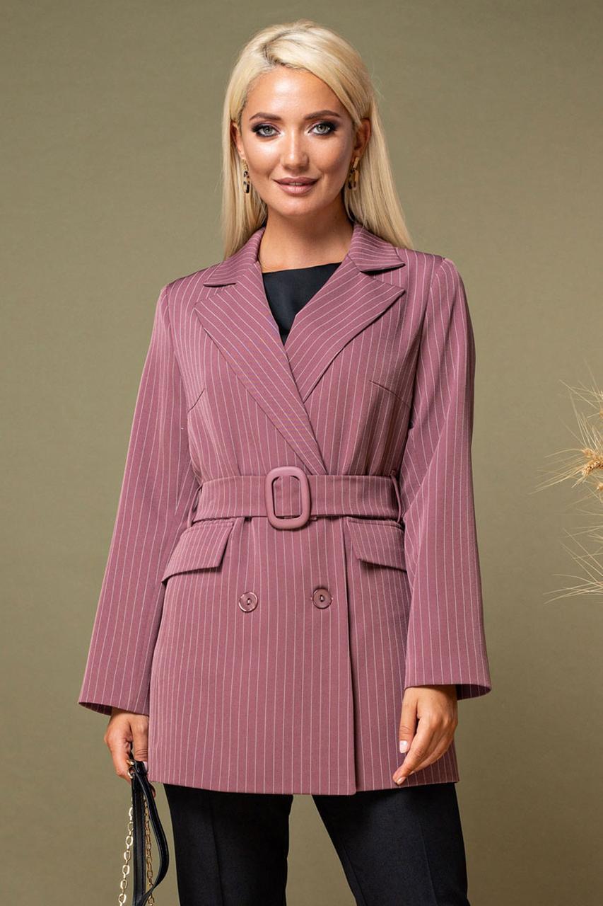 Пиджак в полоску с поясом и пряжкой