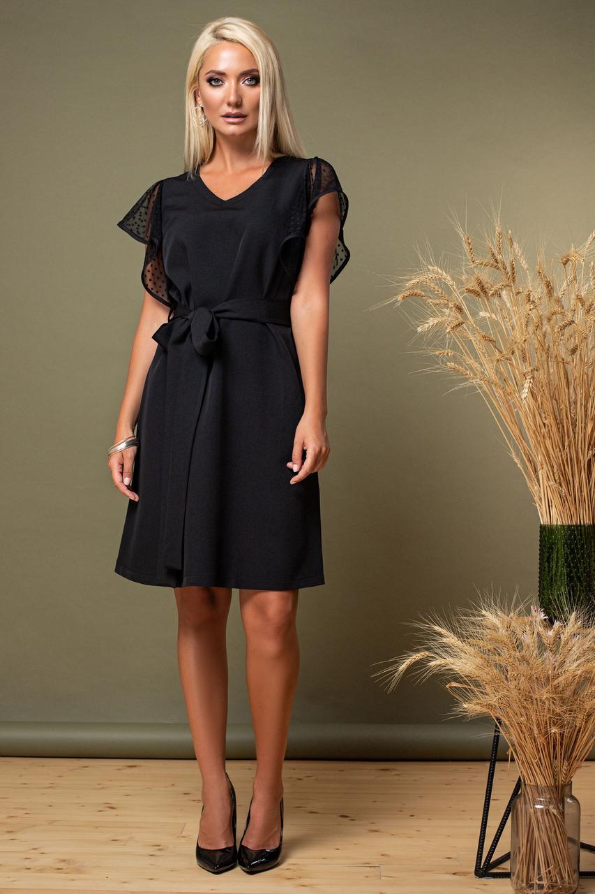 Черное платье с рукавами из мягкого фатина