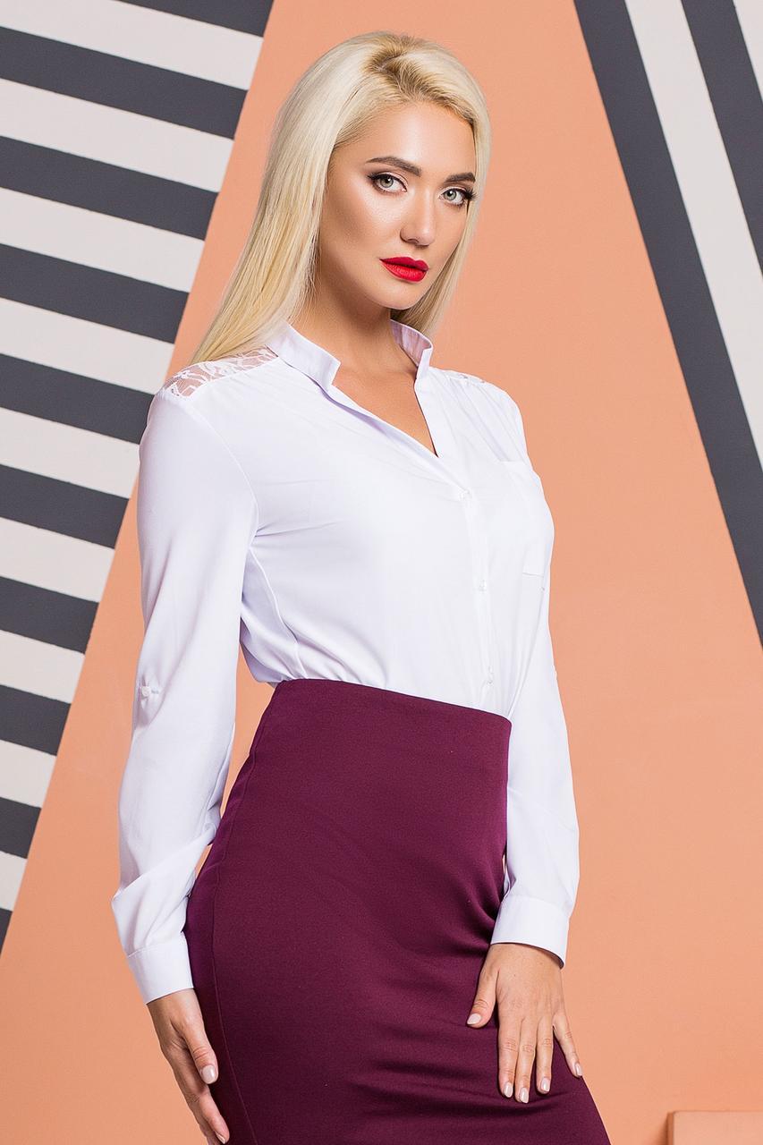 Белая блузка с гипюровой кокеткой