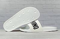 Шлепанцы женские 17391, Moschino, белые, < 36 37 38 39 > р. 36-23,1см.