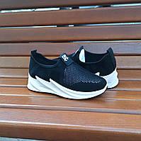 Кроссовки слипоны без шнурков на толстой подошве текстильные черные белые летние в стиле shark adidas