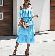 Платье женское плиссе с открытыми плечами голубое