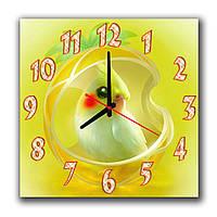 Желтые интерьерные часы квадратные Попугайчик 30х30 см