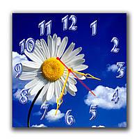 Часы настенные на кухню Ромашка в небе 30х30 см
