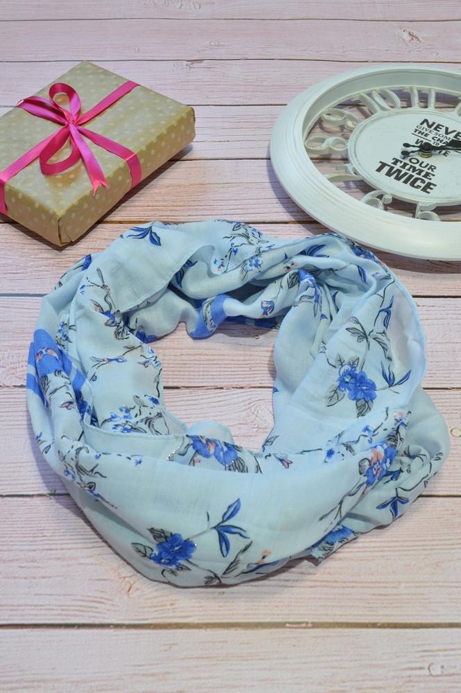 Голубой пастельный шарф снуд в цветочный орнамент с блестками  Marigold 176*47