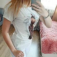 Женская модная  футболка с принтом  цвет серый сублимация  9910, фото 1