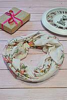 Розовый пастельный шарф снуд в цветочный орнамент с блестками Marigold 176*47
