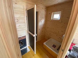 Деревянная мобильная баня 6х2,4 под ключ 13