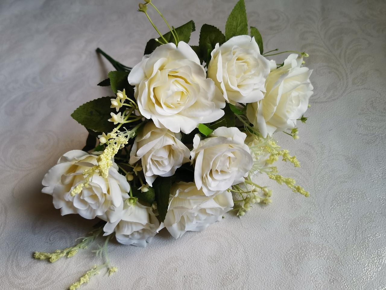 Искусственные цветы. Букет роз Пастель, белый.