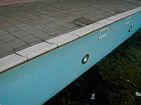 Глазами опытного бетонщика: Сравнение композитных и бетонных бассейнов.