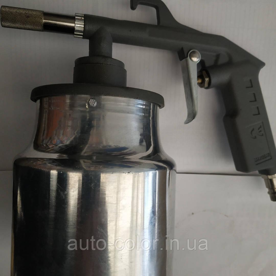 Пневматический пистолет для обработки автомобиля антикоррозионными материалами