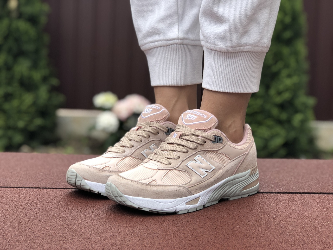 Женские кроссовки New Balance 991 (пудровые) 9407