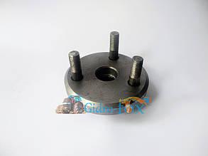 Фланец привода ТНВД  Д-243, Д-245 (со шпильками) диаметр 20 мм Кт.Н. 245-1006320-Г