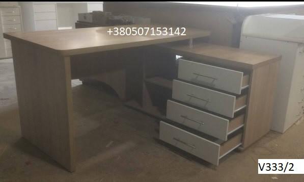 Письменный стол V333/2 с правосторонней тумбой