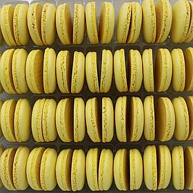 Макаронс напівфабрикат кришечки половинки жовті