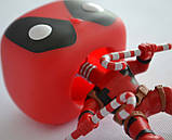 Коллекционная фигурка Funko Pop! Marvel: Deadpool with candy, фото 3