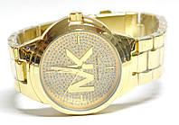 Часы на браслете mk 45