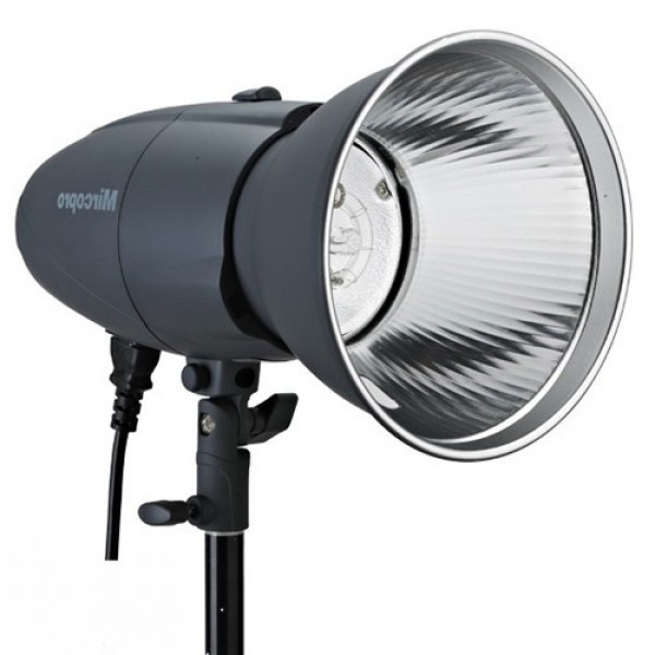 Студийный свет MIRCOPRO MQ-200S (200ДЖ) с рефлектором (MQ-200S)