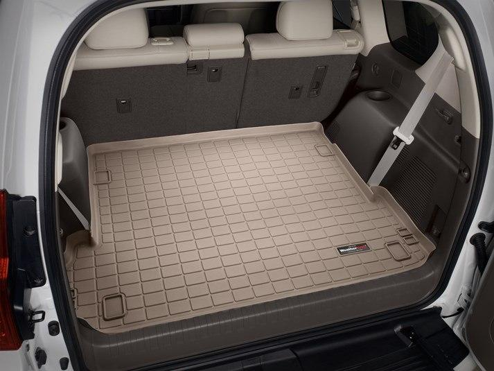 Ковер резиновый WeatherTech Toyota LC150 2009-2018 в багажник бежевый (для 3-х зонного климата) c 3-м рядом
