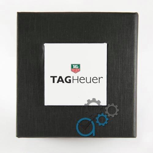 Коробочка з білим квадратом з логотипом T. a.g H. e.u.e.r