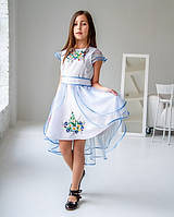Красивое нарядное белое детское платье с вышивкой с коротким рукавчиком