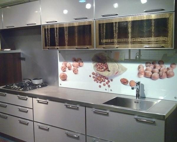 Кухонный фартук из стекла Nuts купить в Донецке