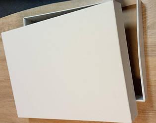Белая подарочная коробка для постельного белья 455x330x60 мм.