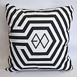 """Подушка k-pop 40х40 см із змінною наволочкой """"EXO"""", фото 3"""