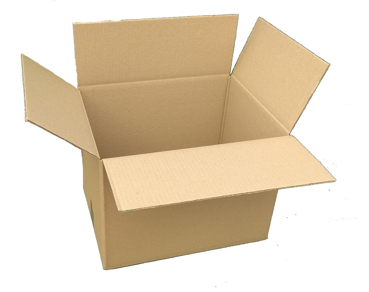 Картонная коробка вместимостью до 3 кг фактического или объемного веса 240*240*210