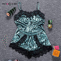 Пижама женская бархатная с кружевом. Комплект из топа и шортов велюровый для дома, сна, р. S (бирюзовый)