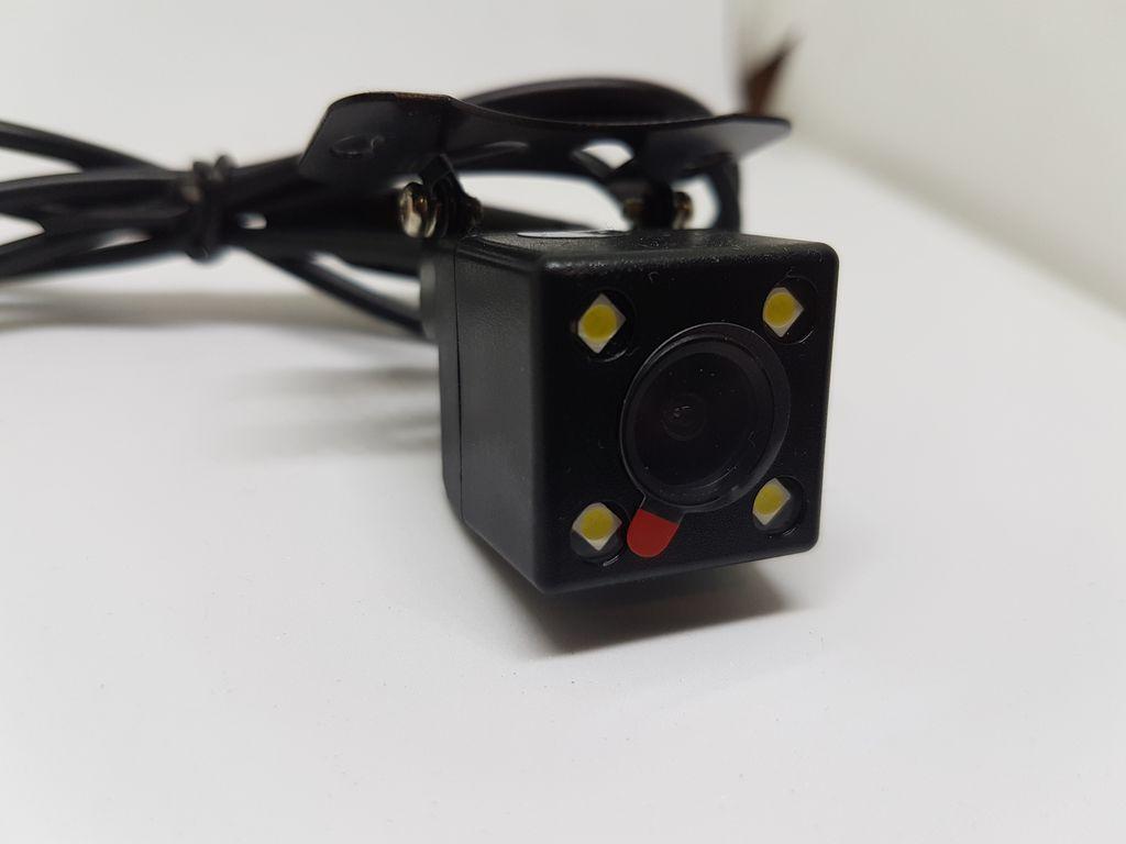 Камера заднього виду з підсвіткою в авто (КЗВ-105)