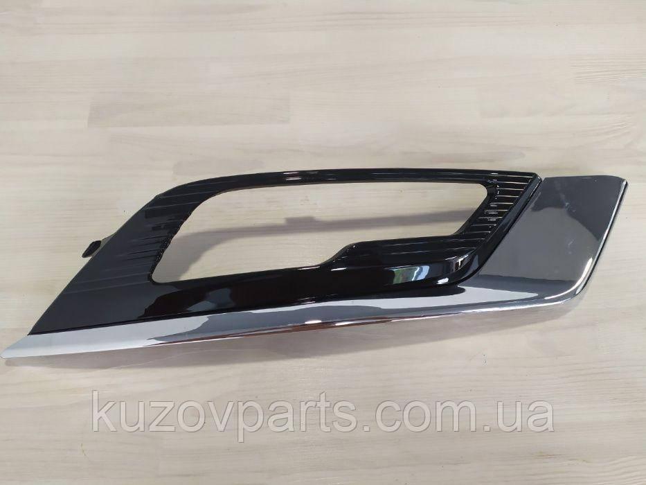 Фара противотуманная накладка Ford Fusion Mondeo MK5 2017-2018