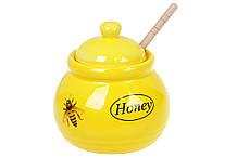 Медовница керамическая Пчёлки с деревянной ложкой, 450мл , цвет - желтый BonaDi 979-309