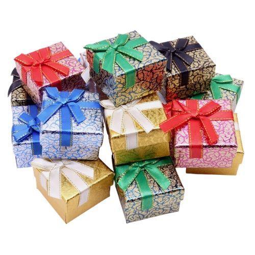 Подарочные коробки оптом №2