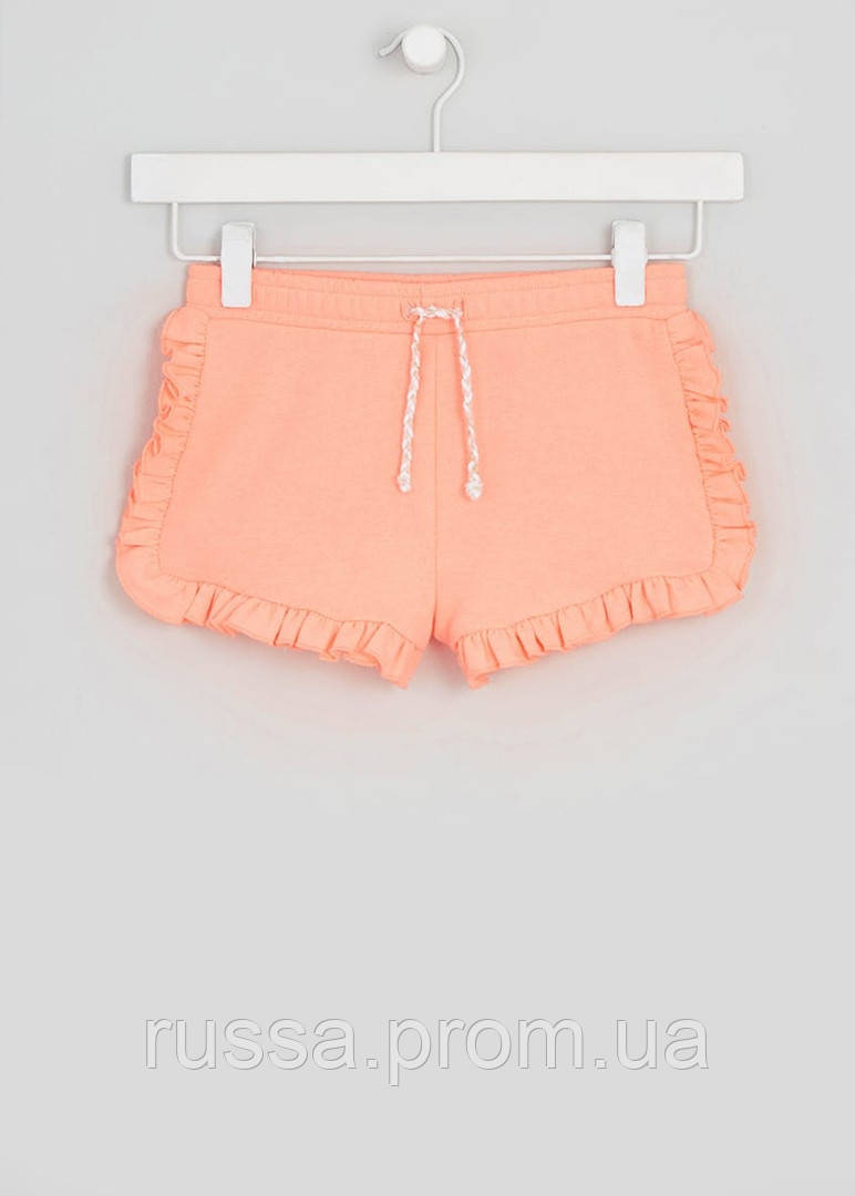 Симпатичные шортики персикового цвета с рюшами Маталан для девочки