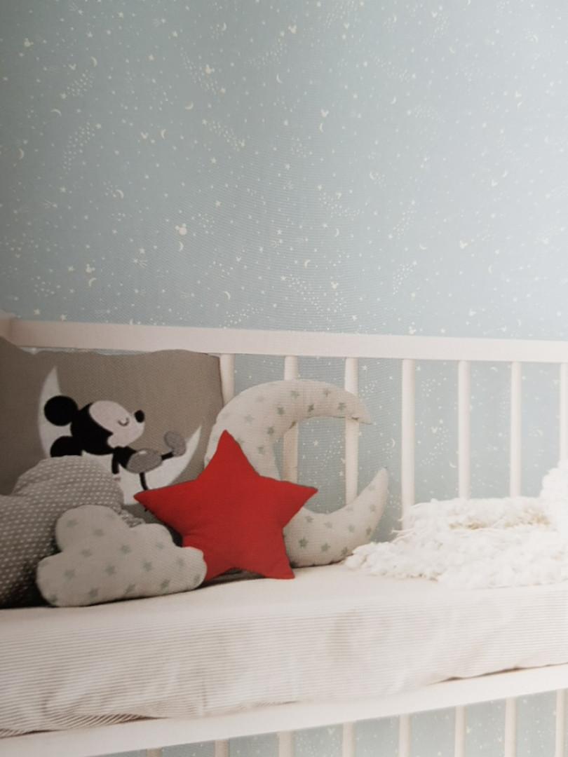 Обои бумажные экоYORK Disney kids 4 D0985 детские звезды созвездия кометы месяц белые на серо голубом
