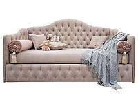 Диван-кровать с каретной стяжкой DELLA от CAPITONE STYLE