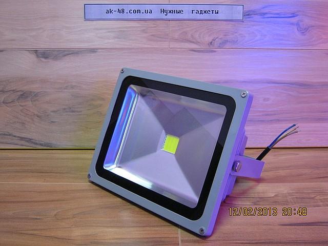 Уличный светодиодный прожектор 30 Вт.