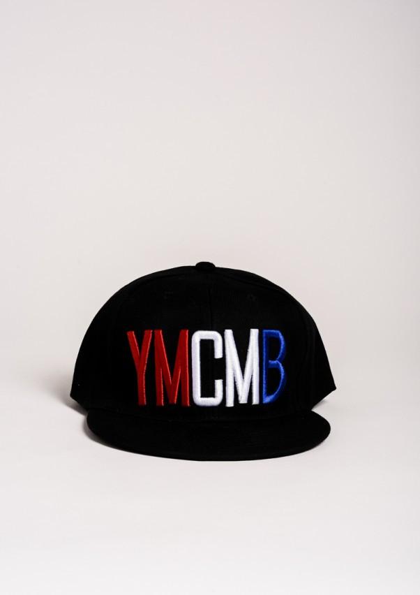 Черная кепка с красно-бело-синей вышивкой YMCMB