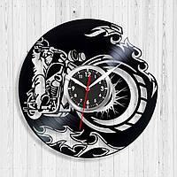 Часы с мотоциклом Часы виниловые Часы в холл Подарок другу Фанату мотоциклов