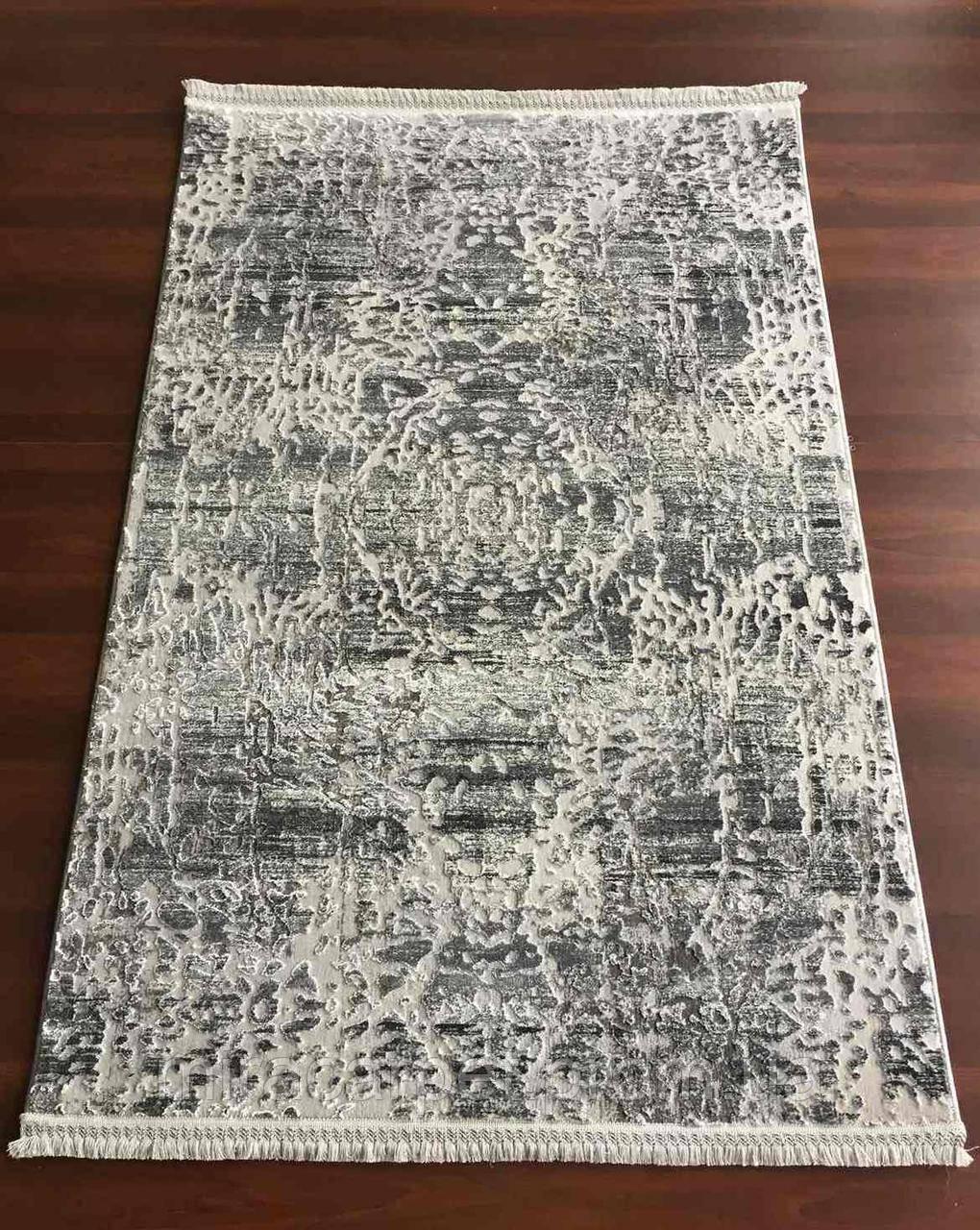 Серый прямоугольный ковер, абстракция