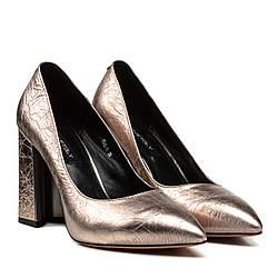 Туфли женские DOVETOLY (кожаные, на устойчивом каблуке, с зауженным носком)