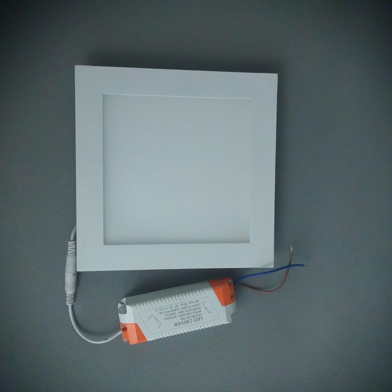Светодиодная панель  S01015.5 WW 220x220 3000K 22W
