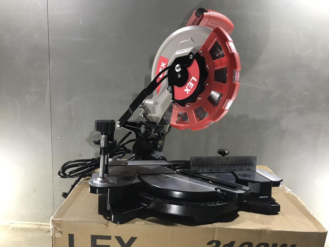 Пила торцовочная (дисковая) LEX LXCM210