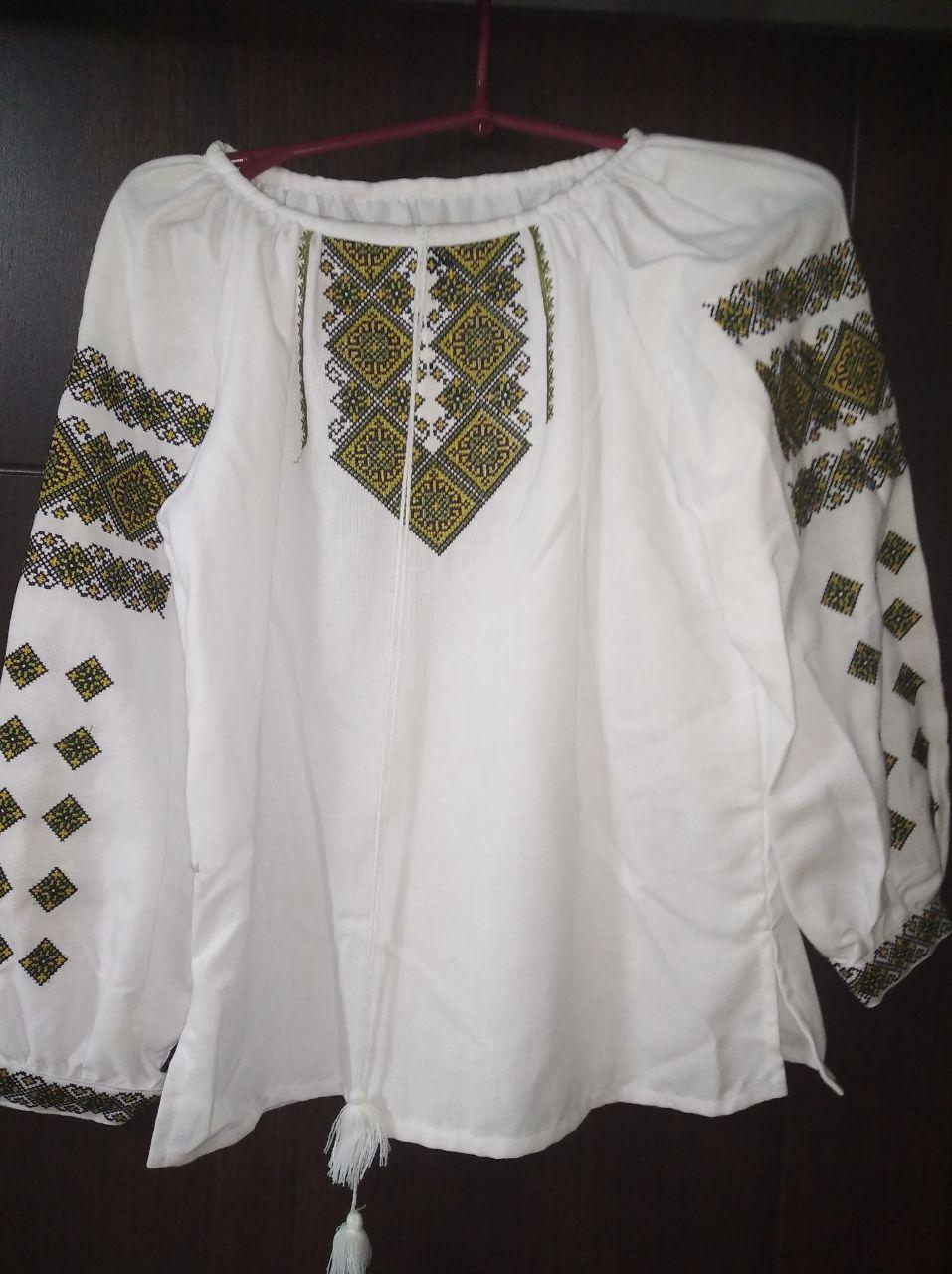Детская женская вышиванка с вышивкой  - размер 46