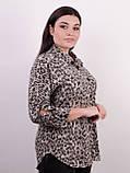 Магда. Стильная женская рубашка больших размеров. Леопард серый., фото 3